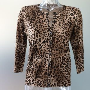 Sweaters - 💕 AUGUST SILK leopard print silk blend cardigan